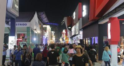 Sensasi Main Salju di Wahana Permainan Jakarta Fair