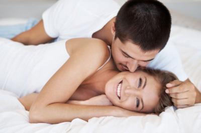 Seks Makin Hot dengan Menampar Bokong si Dia, Jangan Ragu Melakukannya!