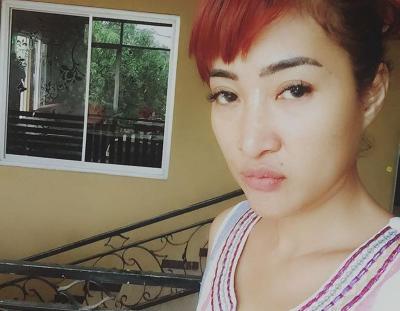 Intip 5 Gaya Dewi Kirana, Pedangdut Tarling yang Seksi Banget