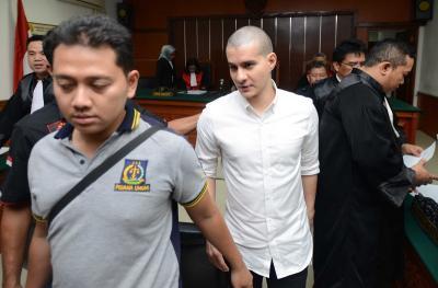 Steve Emmanuel Stres Mendapatkan Tuntutan 13 Tahun Penjara