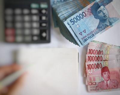Rupiah Tertahan di Level Rp14.326 per USD