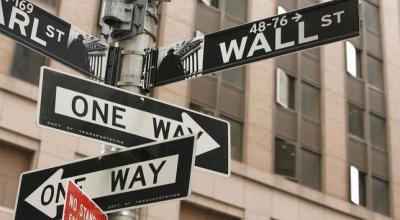 Wall Street Dibuka Melemah Imbas Turunnya Saham-Saham Perbankan