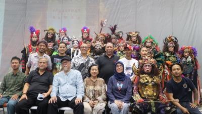 Ogah Berlama-lama, Permintaan Khusus Slamet Rahardjo Main Pentas Teater