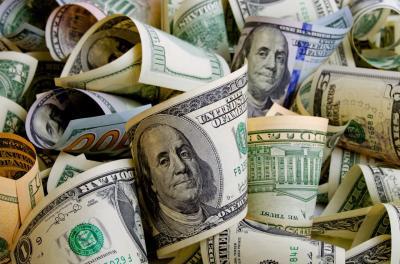 Dolar AS Lesu Sikapi Laporan Ekonomi Terbaru dari The Fed