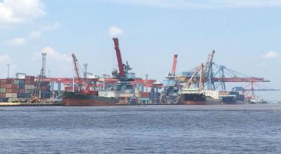 Menteri Rini Diminta Bereskan Polemik Pelabuhan Marunda