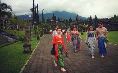 Marak Guide Asing Ilegal di Bali, 15 Orang Ditangkap