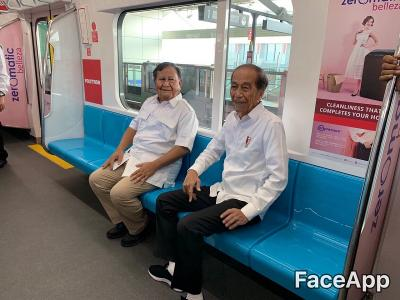 Seperti Ini Wajah Tua Jokowi dan Prabowo jika Ikut  AgeChallenge