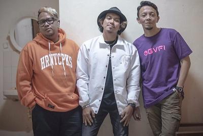 Anggap Lagu di Lampu Merah Depok Efektif, Rocket Rockers 'Colek' Ridwan Kamil