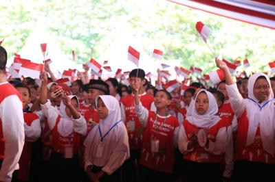 Pesan Menteri PPPA kepada Anak Indonesia: Belajar dan Beribadah yang Rajin!