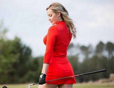 5 Gaya Menggoda Paige Spiranac, si Pegolf Seksi Asal Amerika Serikat