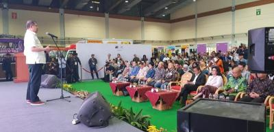 250 Pedagang Online dan Pembeli Tumplek Blek