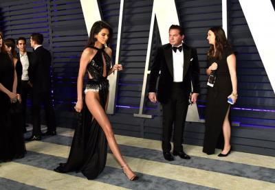 Momen Memalukan Keluarga Kardashian-Jenner, Ada yang Kepergok Tak Pakai Celana Dalam