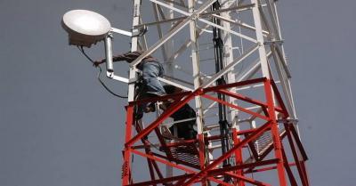 Telkom Siap Ambil Menara BTS Indosat