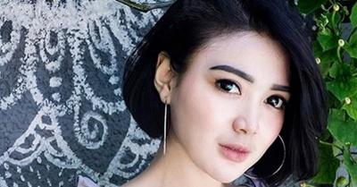 5 Foto Hot Wika Salim, Nomor 4 Bikin Salah Fokus