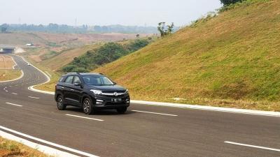 17 Unit DFSK Glory 560 Digeber di Berbagai Kondisi Jalan Menuju Sukabumi