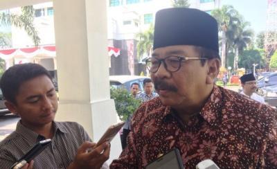 Mantan Gubernur Jatim Soekarwo Mangkir dari Panggilan KPK