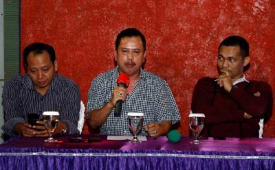 IPW: Tak Perlu Panik Jika Ada Jenderal Polisi Jadi Pimpinan KPK