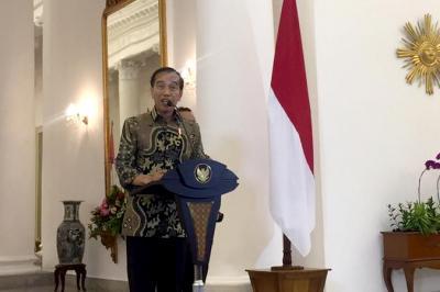 Bantah Menteri ATR Ibu Kota Pindah ke Kaltim, Jokowi: Masih Tunggu Kajian