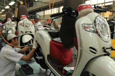 Honda Naikkan Banderol Empat Sepeda Motornya