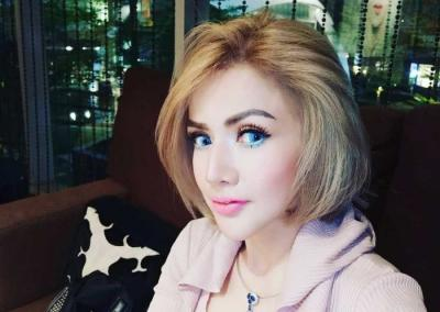 Barbie Kumalasari Pamer Lesung Pipi Buatan, Netizen: Seram