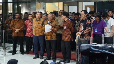 Eks Pimpinan KPK Merespon Sikap Agus Rahardjo Cs