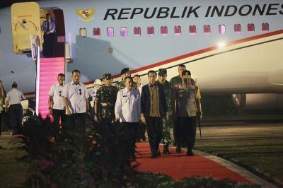 Jokowi Tinjau Penanganan Karhutla Riau, Wali Kota Pekanbaru Malah ke Kanada