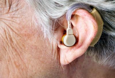 Penderita Gangguan Pendengaran Berisiko Demensia
