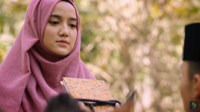 Film The Santri Karya Livi Zheng Tuai Kritik Keras Ustadz Maaher Atthuwailibi