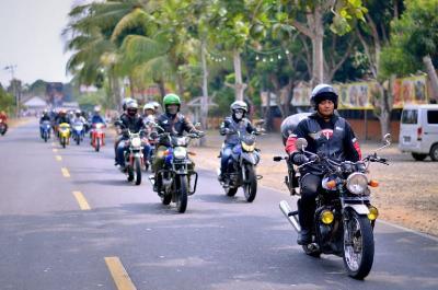 Riding Bersama di Pantai Ujung Barat Jawa, Suzuki Resmikan Komunitas Wilayah Banten