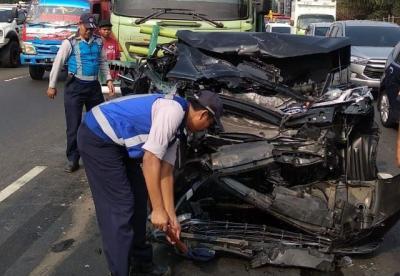 Kronologi Kecelakaan Beruntun di Tol Tangerang