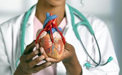 Bengkak di Kaki Bisa Jadi Gejala Penyakit Katup Jantung