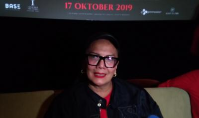 Cerita Christine Hakim dan Air Zam-zam di Lokasi Syuting Perempuan Tanah Jahanam