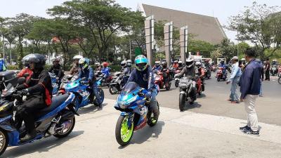 Gaya Baru Sunmori ala Suzuki Bersama Ratusan Bikers