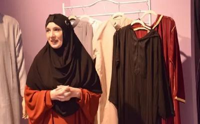 Susah Cari Busana Muslim, Perempuan Ini Buka Lini Fashion Sendiri