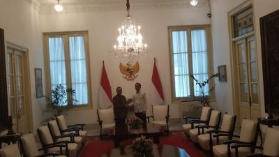 Jokowi Akui Bahas Peluang Koalisi dengan Ketum PAN Zulkifli Hasan