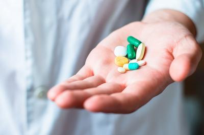 Pasien Zaman Now Suka Tanya Obat ke Google daripada Apoteker, Kenapa?