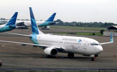 Tak Dioperasikan karena Retak, Menhub Minta Garuda-Sriwijaya Cek Seluruh Pesawat