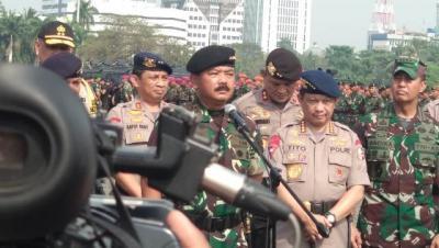TNI-Polri Gelar Apel Pengamanan Pelantikan Presiden dan Wapres