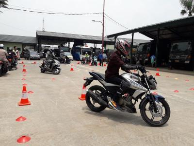 Tekan Angka Kecelakaan, Yamaha Cetak Duta Keselamatan Berkendara