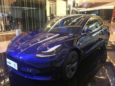 Tesla Dapat Lampu Hijau Produksi Model 3 di Tiongkok