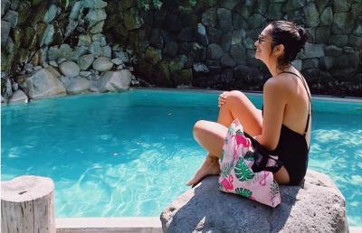 Pose Seksi Anneke Jodi Hamil Tua, Masih Suka Bikinian