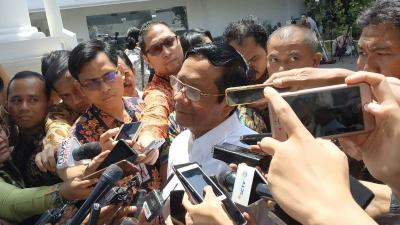 Mahfud MD Sebut Jokowi Umumkan Kabinet Kerja Jilid 2 Rabu Lusa