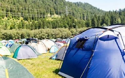 Peringati Hari Santri, 999 Santri Kemah di Hutan Pinus
