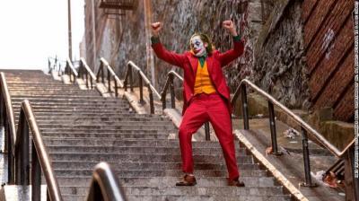 Demam Film Joker, Tangga Rawan Begal Mendadak Jadi Objek Wisata
