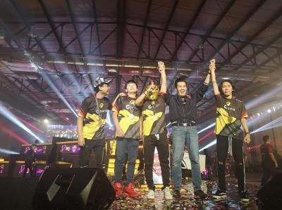 Kalahkan Bigetrons di Grand Final SEACA 2019, Onic Esport Bawa Pulang Rp65 Juta