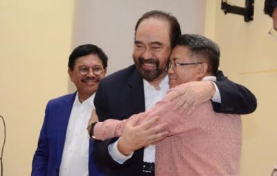 Manuver Surya Paloh, dari Rangkulan hingga Disindir Jokowi