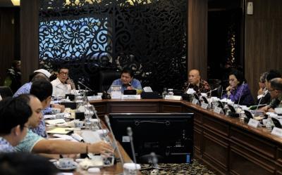 Anggaran UMKM di 18 K L Dikonsolidasikan di Kementerian Koperasi