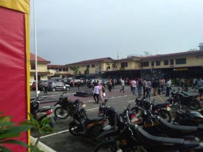 Bom Bunuh Diri Meledak di Mapolrestabes Medan, Pelayanan Masyarakat Ditutup
