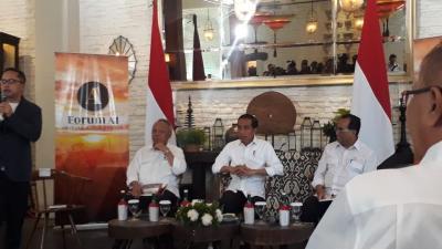 Canda Presiden Jokowi Sebut Bosan dengan Menteri Basuki dan Budi Karya