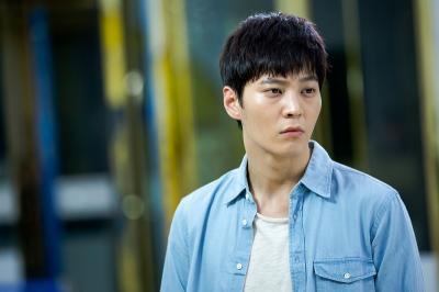Joo Won Akan Beradu Akting dengan Kim Hee Sun dalam Alice